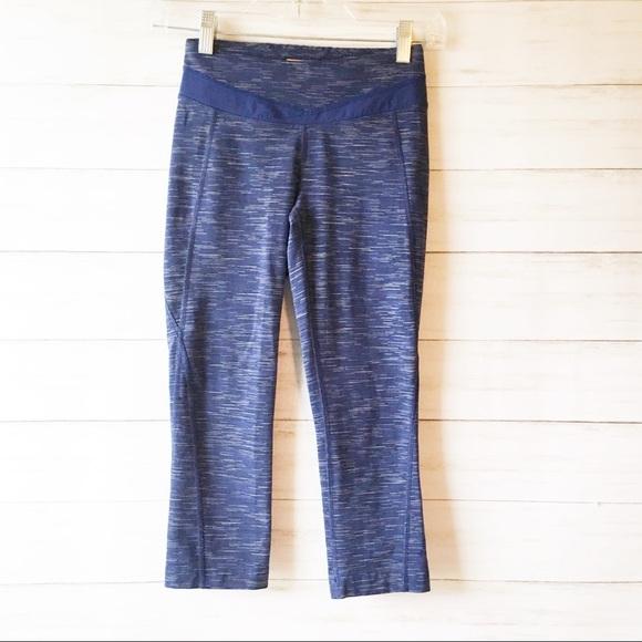 9acfa8c7ca573 Lucy Pants   Blue Powermax Hatha Capri Leggings Xs   Poshmark